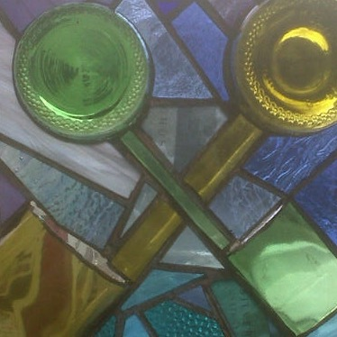 Wedding present panel using recycled glass